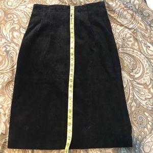 Talbots Skirts - 🎉Talbots suede black classic pencil skirt. Size 8
